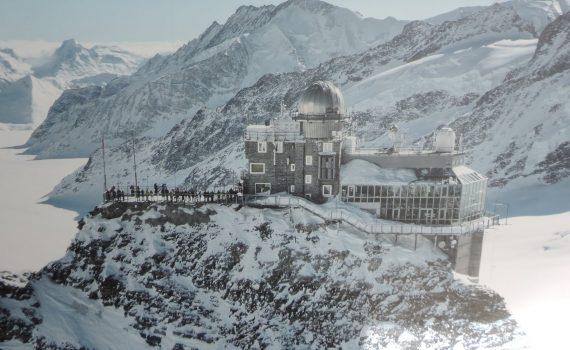 Switzerland in Winter - Skiing & Sightseeing - Switzerland in Winter Skiing Sightseeing 570x350