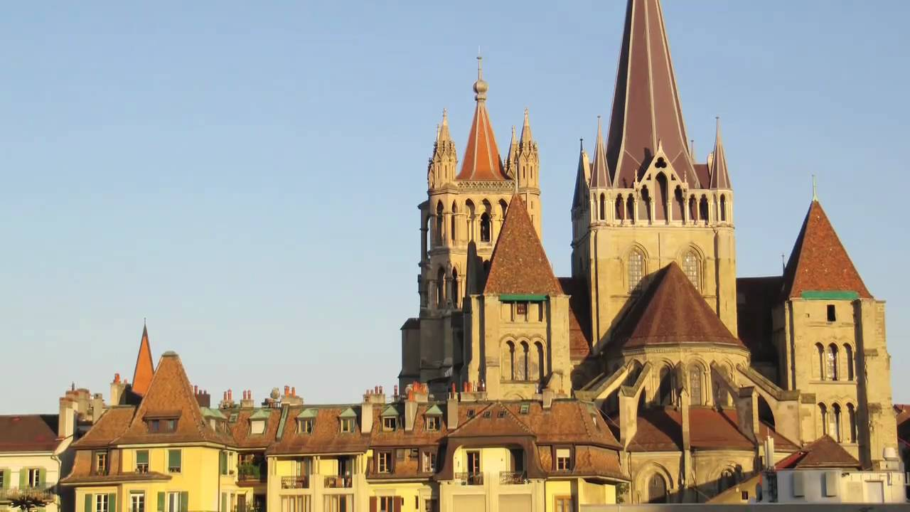 Travel Switzerland - Visiting the Lausanne Cathedral