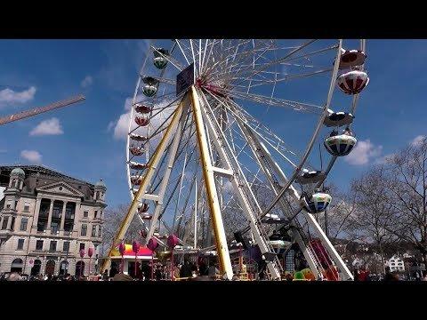 Riesenrad Altstadt Zürich Schweiz - Ferris Wheel Old Town Zurich Switz...