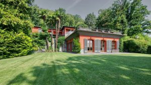 Wonderful villa in Porza, Switzerland, for sale with beautiful Lake Lu...