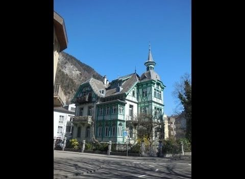 A Quick Tour Through Beautiful Interlaken, Switzerland