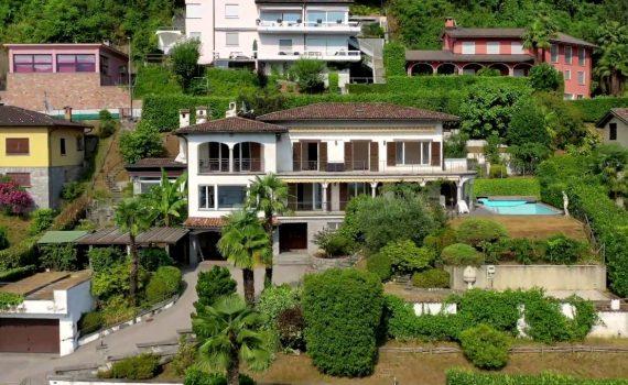 Prestigious villa in Carabietta, Switzerland, for sale with pool &...