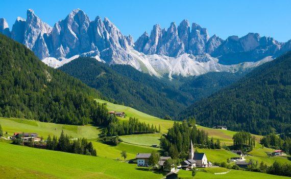 Explore the Wonders of Switzerland with Europamundo