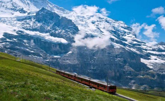 TOURIST ATTRACTION IN SWITZERLAND