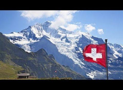 Switzerland - Tourist plane crashes in the Alps